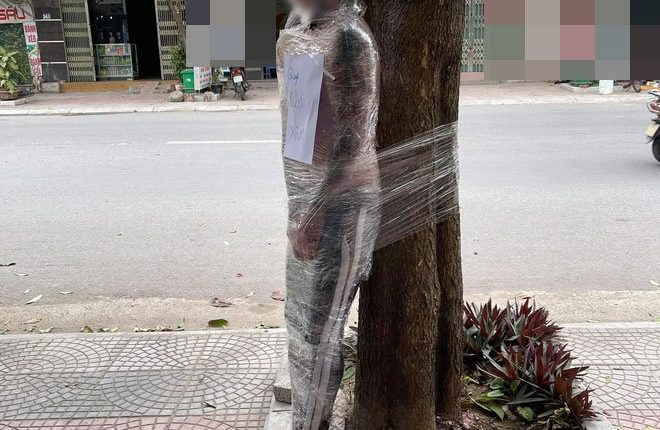 Man Gets Rolled Up in Plastic Wrap and Tied to